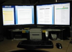 aug26-double-monitors